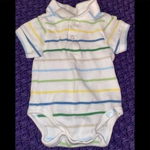 0-3 mos Children's Place button up onesie